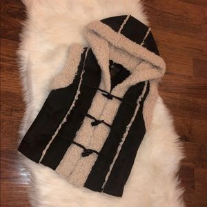 Soft Winter Vest With Hood